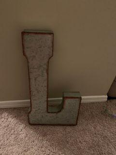 Metal letter L