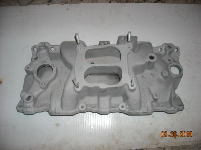 SB Chevy intakes, # 10185063 ZZ4 + a performer