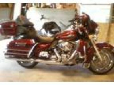 2009 Harley-Davidson FLHTCU-Ultra-Classic-Electra-Glide Touring in Spring Lake