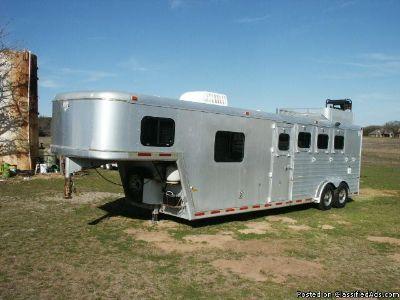 1997 Hart 4 horse slant gooseneck LQ