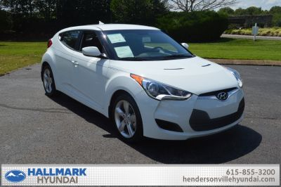 2014 Hyundai Veloster Base (White)