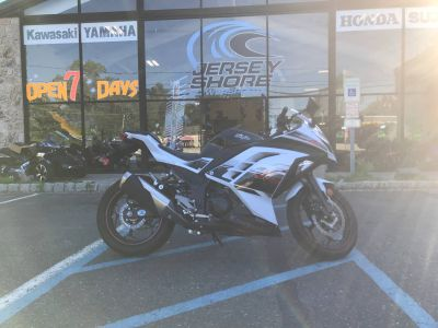 2014 Kawasaki Ninja 300 ABS SE Sport Motorcycles Middletown, NJ