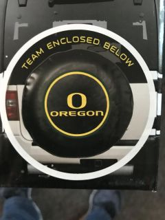 New Oregon Ducks tire cover. Size Lg. See last picture for sizing.