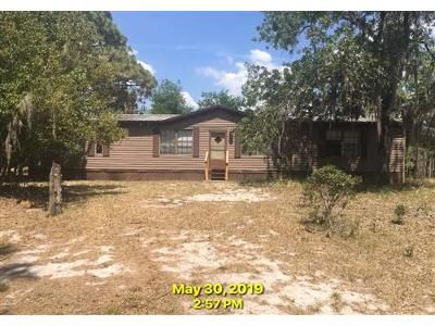4 Bed 2 Bath Foreclosure Property in Lake Wales, FL 33898 - Walk In Water Rd