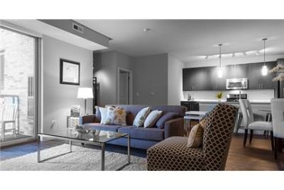 2 bedrooms - Come home to sophistication and your private Apartments in Deerfield.