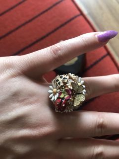 Garden party ring! Size 8