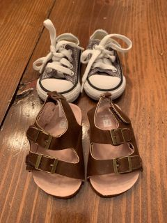 Boys shoes size 3-6 month or size 2