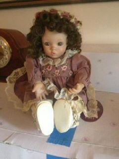 $650 OBO Ashton Drake dolls