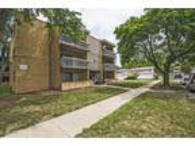 13905-37 S Clark St - One BR One BA Apartment
