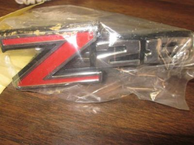Purchase 70-71 Camaro Z28 Grill Emblem motorcycle in Houston, Texas, United States, for US $32.00