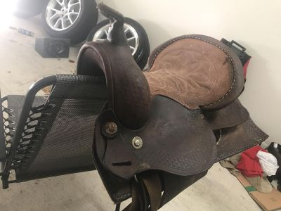 Small saddle for sale!!!