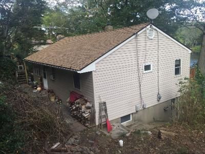 3 Bed 1 Bath Preforeclosure Property in Stockholm, NJ 07460 - W Shore Trl