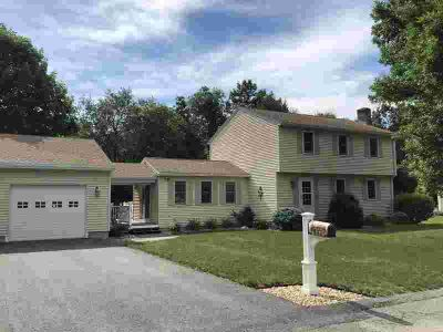 201 Birchcroft Rd LEOMINSTER Three BR, NOTHING to do but move in