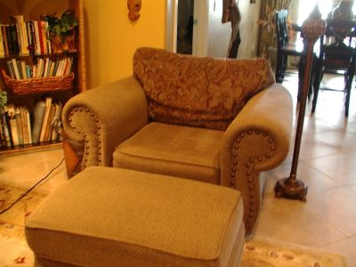 Two love seats and matching large chair w/ottoman