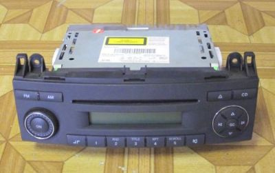 Purchase MERCEDES SPRINTER MP3 CD PLAYER RADIO STEREO, PART# 9068200079, 0048204986, OEM motorcycle in North Hollywood, California, United States, for US $149.00