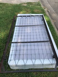 Box spring mattress with metal trundle