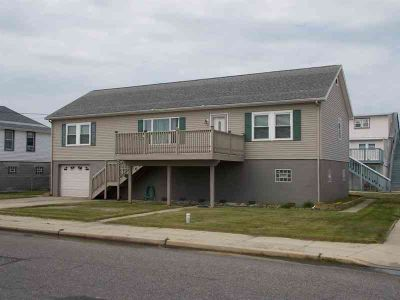617 W Maple Avenue WILDWOOD Three BR, Great Value for a Turn-Key