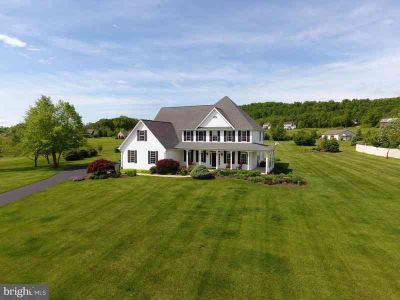 225 Ashland Dr WINCHESTER Four BR, Spectacular Colonial home