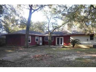 4 Bed 2 Bath Foreclosure Property in Slidell, LA 70460 - Saint Scholastica St