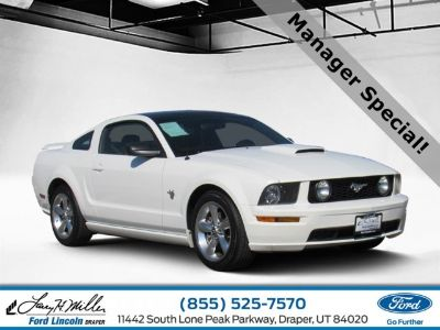2009 Ford Mustang GT Deluxe (White)