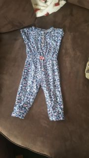 One piece short sleeve outfit size 9 months