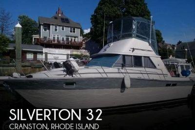 1985 Silverton 31 Convertible