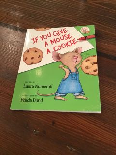 Mini If You Give a Mouse a Cookie Book