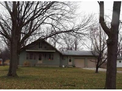 3 Bed 2 Bath Foreclosure Property in Beloit, OH 44609 - N Shore Dr