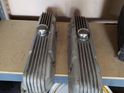 Vintage factory edelbrock aluminum valve covers