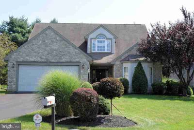 1815 Meadow Ridge Dr Hummelstown Four BR, Fussy, Fussy.