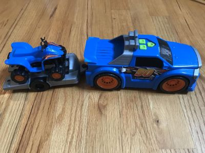 3pc Set Truck, Trailer & Bike!! 15inches long. Truck plays