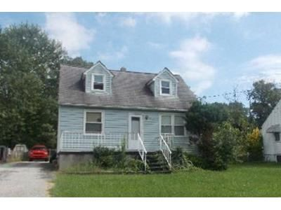 3 Bed 1 Bath Foreclosure Property in Parkville, MD 21234 - Summit Ave