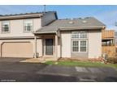 Warrenville One BR One BA, 3S068 Timber Drive 9-D
