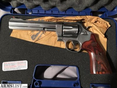 For Sale: S&W 629 classic