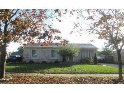 3 Bed 1.5 Bath Foreclosure Property in Clinton Township, MI 48038 - Clayton St