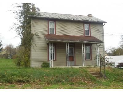 4 Bed 1.0 Bath Preforeclosure Property in New Waterford, OH 44445 - Taylor Ave