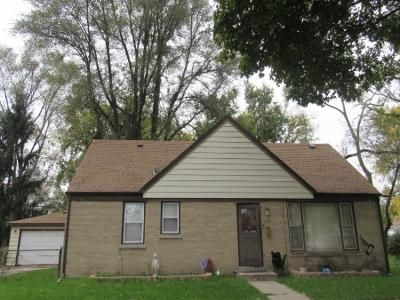 3 Bed 1 Bath Preforeclosure Property in Bellwood, IL 60104 - 49th Ave