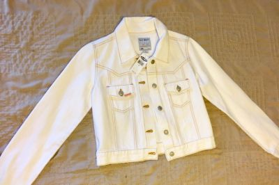 New with tags Old Navy white jean jacket size S, I paid $40.00 asking $30.00