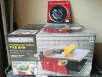 """Chicago Electric 7"""" Portable Wet Cutting Tile Saw. Brand New in Sealed Box."""