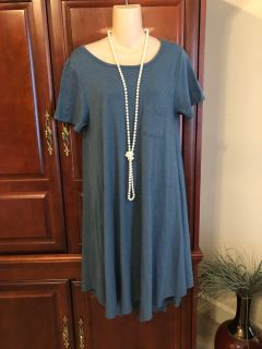 15.00 Size Small (would fit med. too) LuLaRoe Carly Blue/Gray Simply Comfortable Dress