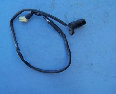 Sell 032 YAMAHA YZFR1 YZF-R1 R1 05 06 ENGINE Pick Up Coil Signal Generator Sensor motorcycle in Bradenton, Florida, US, for US $32.00