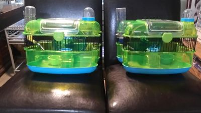 Two hamster cages 20$ one has a crack butt dosent effect it