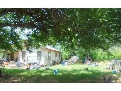 2 Bed 1 Bath Foreclosure Property in Frankston, TX 75763 - County Road 4117