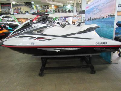 2018 Yamaha VX Deluxe 3 Person Watercraft Irvine, CA