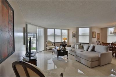 APARTMENT FULLY FURNISHED ! 2BED/2BATH