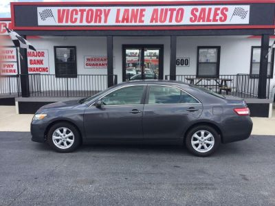 2011 Toyota Camry Base (GRY)