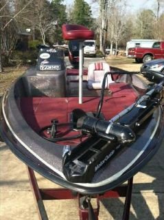 17ft. bass boat w115 Mercury