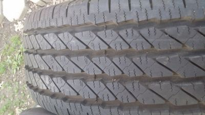 Michelin HD pickup truck tires used... 2 like new 4 are 50%