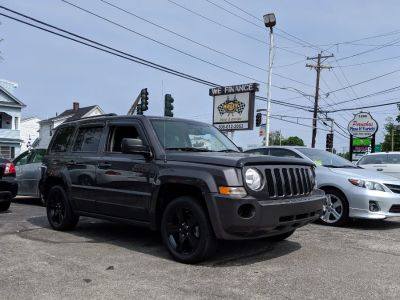 2015 Jeep Patriot FWD 4dr Sport (Granite Crystal Metallic Clearcoat)