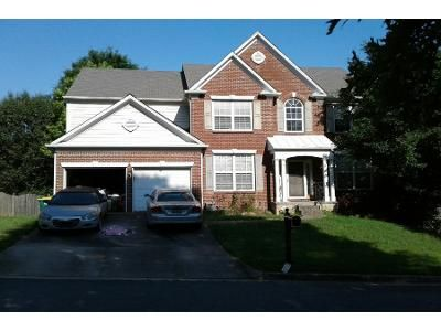 4 Bed 2.5 Bath Preforeclosure Property in Kennesaw, GA 30144 - Spindletop Ln NW